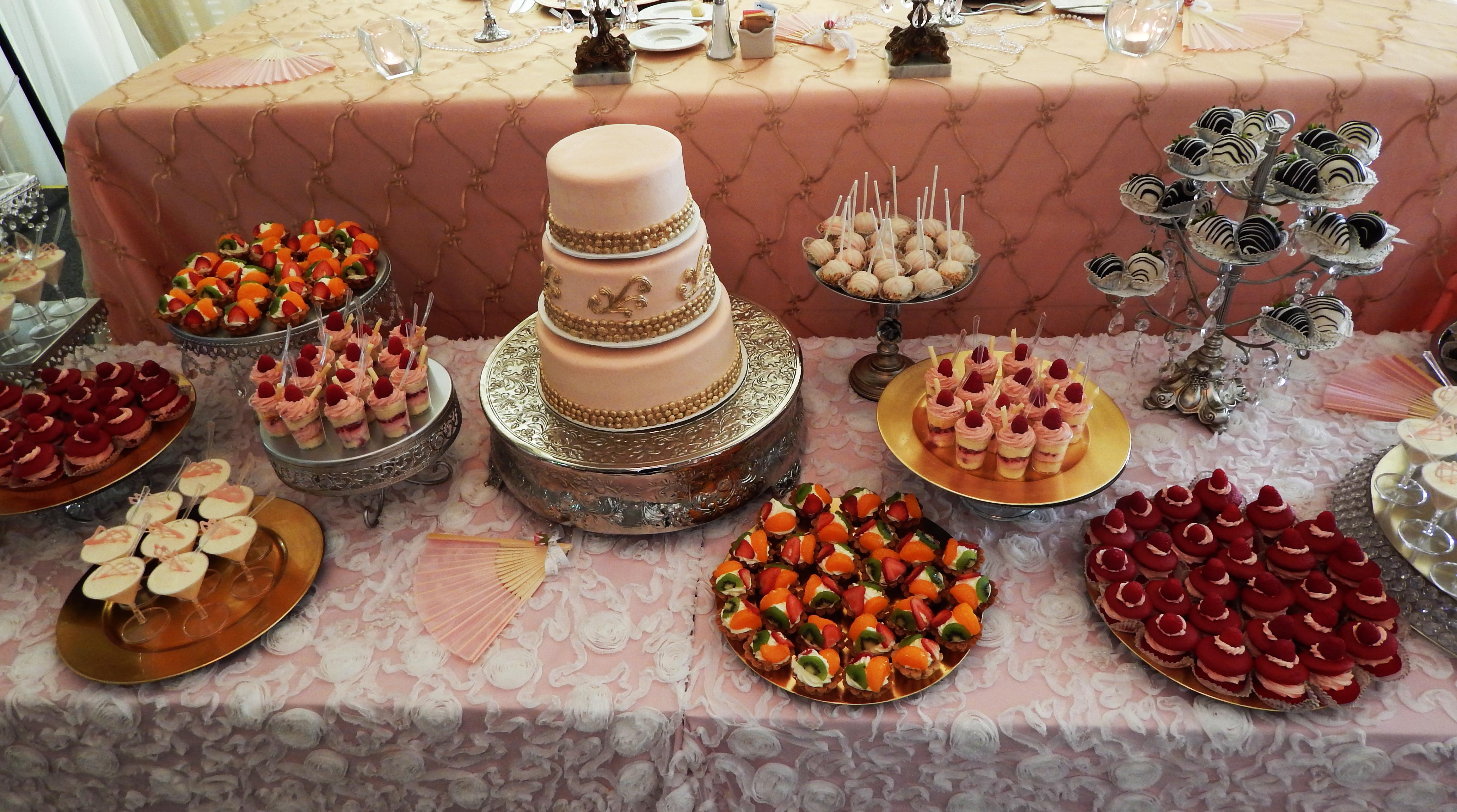 Cake Dessert Design Studio : Custom Dessert Set up