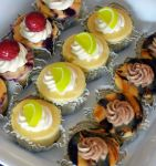 mini cheesecakes assort